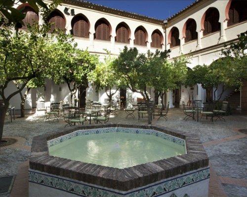 Paradores (spanische 4+ - 5-Sterne Hotels in historischen Stätten) als Blackfriday-Angebot