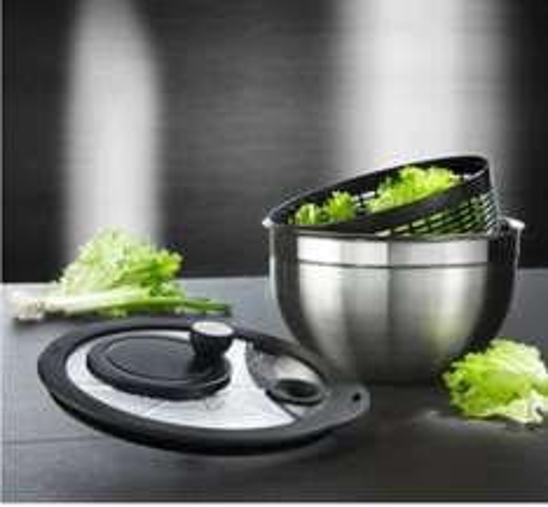 Rösle Salatschleuder 15695 mit Glasdeckel @ mömax nur Online inkl. VSK 37,95€