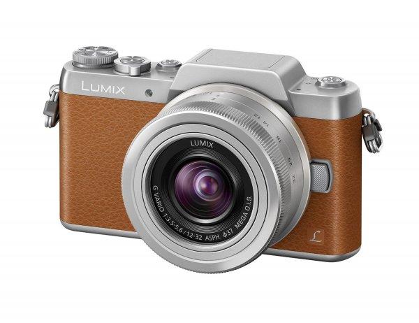 [Amazon] Panasonic Lumix DMC-GF7 mit 12-32mm Pancake , in Braun. Lieferzeit 1-2 Monate