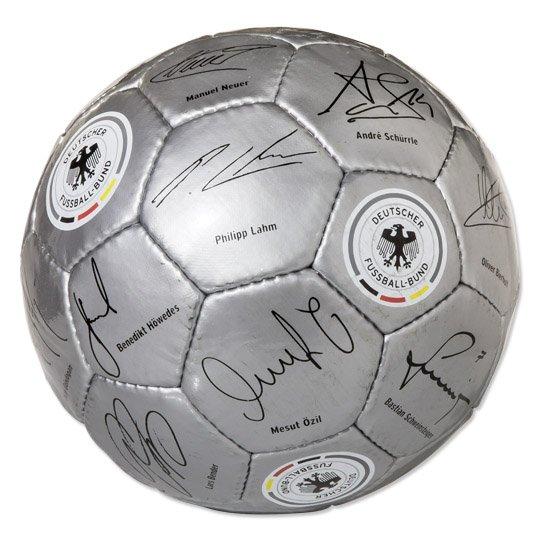 [REAL ONLINE] DFB Unterschriften Ball Gr. 5 inkl. Versand 5,00€