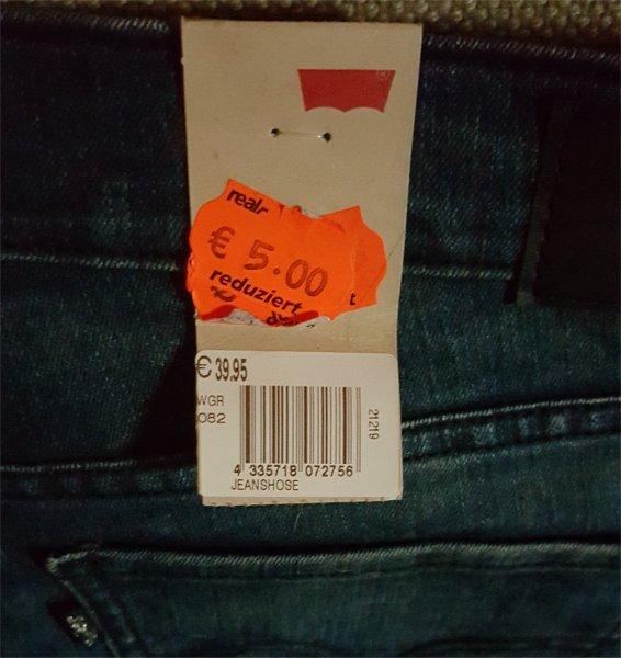 [LOKAL] real,- Siegen LEVI'S Jeans (524/527/demi curve) für 5€