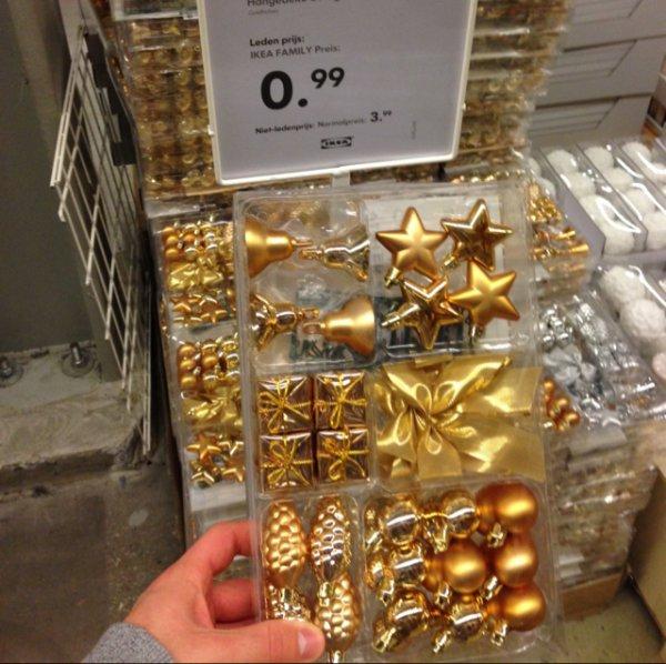 [Lokal Ikea Heerlen-evtl. in allen Fillialen] Weihnachtsbaumschmuck in Gold und Silber 29 Teilig