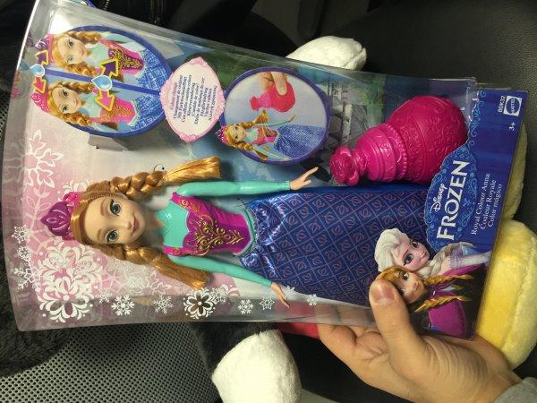 Disney Frozen die Eiskönigin. 30 cm große Anna Puppe