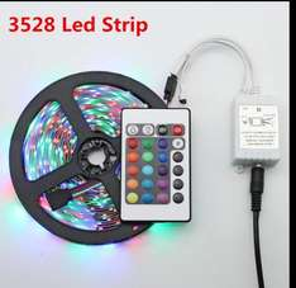 5m RGB  LED LED leuchtband     mit Netzteil und FB
