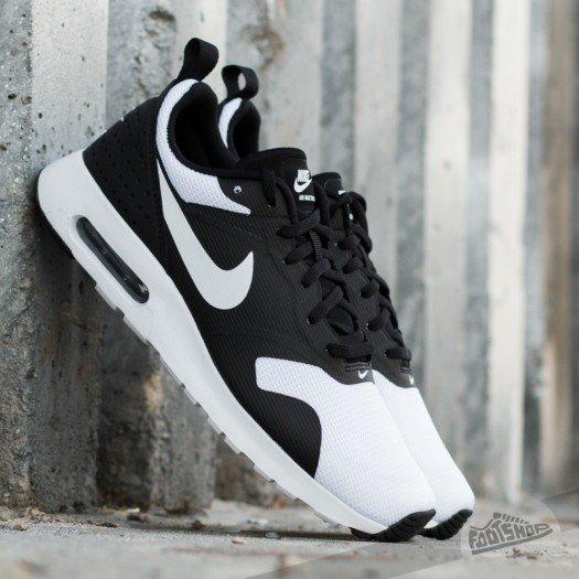 [FootLocker] Nike Air Max Tavas - schwarz/weiss für 66,99 € inkl. Versand (Größe 40 - 44)