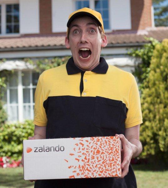 15% extra Rabatt auf ausgewählte reduzierte Herren Sneaker bei Zalando, teils gute Preise für New Balance, Nike & Co.