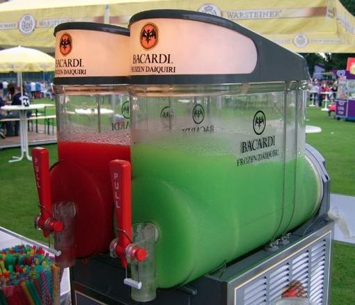 Bacardi Frozen Daiquiri Premix Erdbeere (1 x 1.5 l = 5 Liter Daiquiri) @ amazon.de