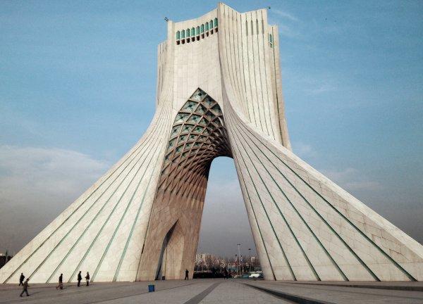 Jetzt wirdx27s spannend: Hin- und Rückflug von München mit Ukraine International Airlines nach Teheran ab 159€ [Februar - März]