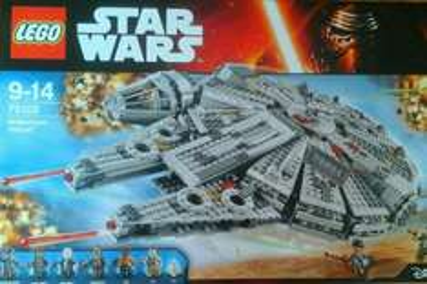 Endspurt My Toys  Lego Star Wars Millenium Falcon ca 116 Euro Tydirium 66 Euro