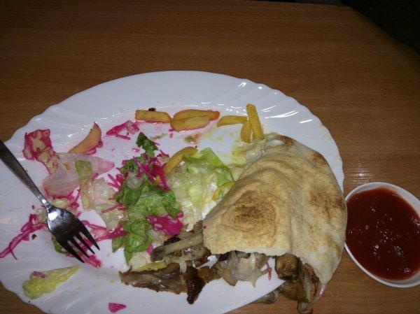 (lokal Berlin) City Chicken Ketchup/Mayo/scharfe Soße kostenlos + auf Grill Option