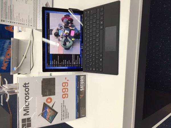 Microsoft Surface Pro 4 mit i5 und 128 GB inkl. Office 365 & Type Cover für 999€