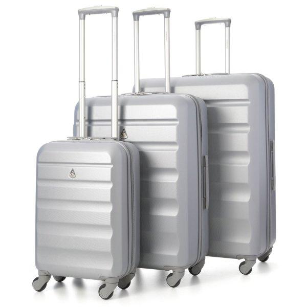 [Amazon Marketplace] Aerolite Koffer-Set (3x Vierrad-Trolley inkl. Billigflieger-Kabinenformat) in schön kühlem ;-) silber für 49,99 € = zum halben Preis