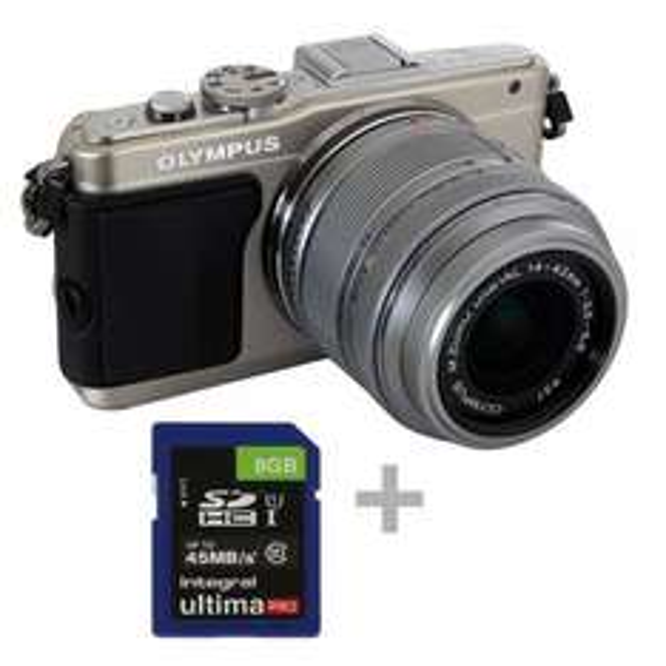 Olympus E-PL6 Kit 14-42mm II 1:3,5-5,6 Silber Set inkl. 8 GB SDHC Karte für 299€ @Comtech