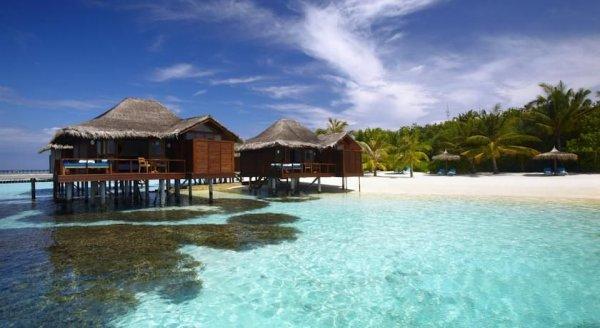 [Preisfehler] Übernachtungen im 5* Anantara Resort auf den Malediven ab 19€ p.P. im Wasserbungalow