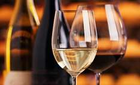 (groupon.de) Wein-Wertgutschein z.B. 100,00 Euro Wertgutschein für 36,75 Euro oder 150,00 Euro für 52,42 Euro (ca. 60% Nachlass) + 13 % QIPU