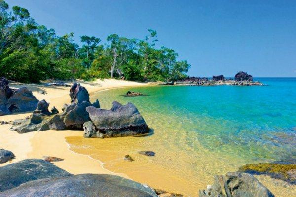 [Mai - Juli] Non-Stop Hin- und Rückflüge von Mailand nach Nosy Be (Madagaskar) ab 365€ mit Anschlussgarantie für die Zubringerflüge *UPDATE* Auch möglich: [März - Juli] La Romana (Dominikanische Republik) ab 368€ oder [Mai - Juli] Mauritius ab 392€