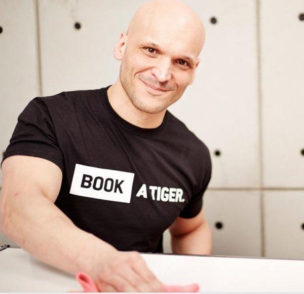 Wohnung sauber ab 5 € - PayPal Gutschein über 25 € für Reinigungskräfte über Book A Tiger