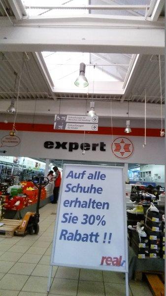 Auf alle Schuhe 30% bei Real Gifhorn