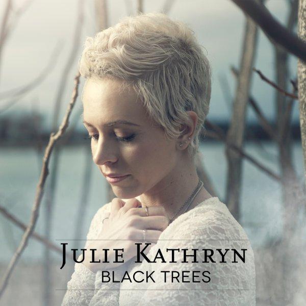 """Gratis Album """"Black Trees"""" von Julie Kathryn"""