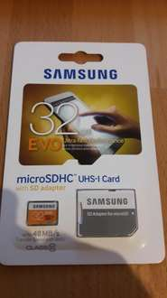 [Lokal Berlin?] Samsung EVO microSDHC 32GB UHS-I mit SD Adapter