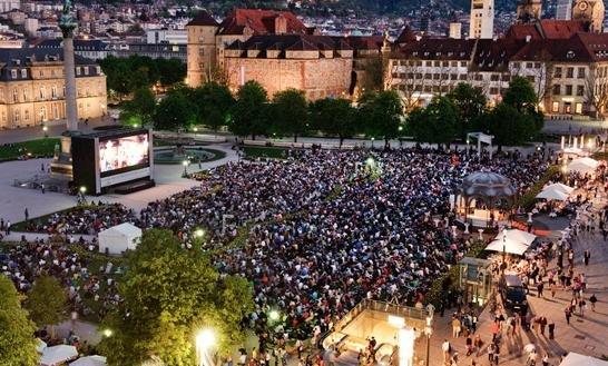 """(Stuttgart) Kostenloses Open-Air-Kino """"Star Wars Episode VII – Das Erwachen der Macht"""" am 29. April ab 20 Uhr"""