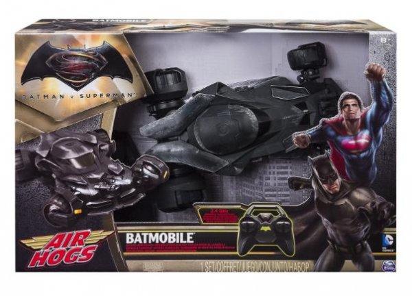 [ToyRUs] Spin Master RC Batmobil für 64,98€ (statt ca. 75€) + Batman v Superman Basisfigur i.W.v. 12,98€ gratis dazu