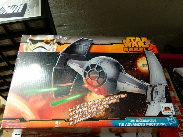 [Lokal Friedrichshafen] Aldi: Star Wars Fahrzeuge ( Hasbro ) statt 24.99 € für 9.99 €