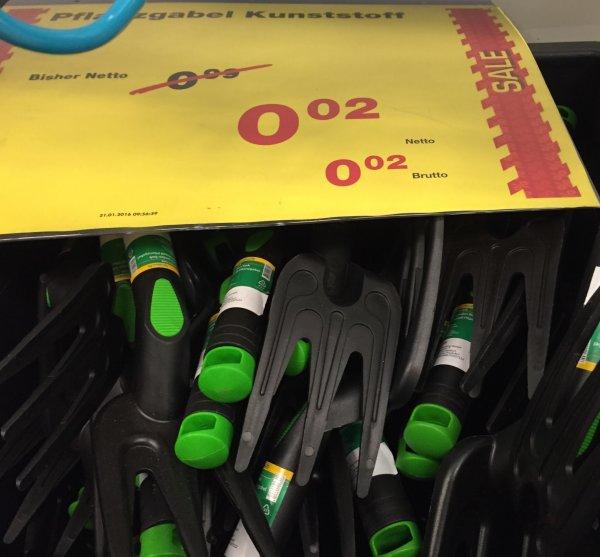Pflanzgabel Kunststoff 0,02€ [Lokal Metro HH Rahlstedt]