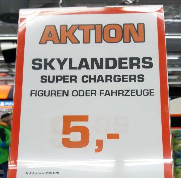[Saturn Berlin Alex] Skylanders Superchargers Figuren oder Fahrzeuge für je 5€ - kombinierbar mit der 3 für 2 Aktion