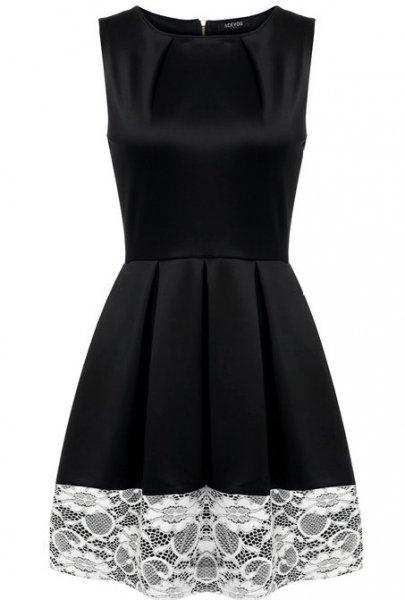 Amazon Damen Kleid mit 8,70€ Ersparniss (23,29€ statt 31,99€ inkl.Versand )