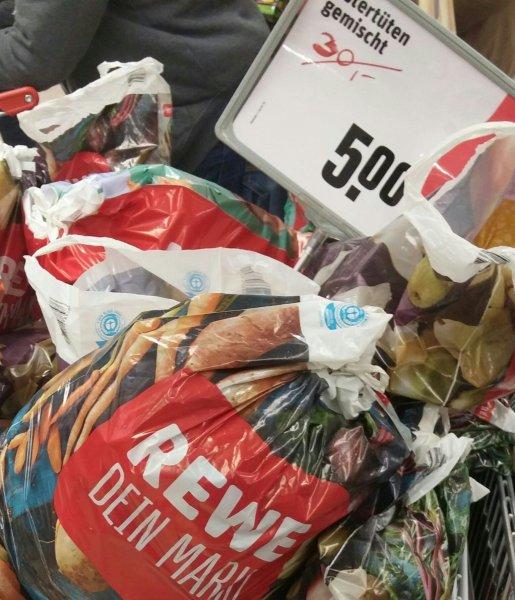 REWE LOKAL HH - Ostertüten gemischt statt 30€ für 5€