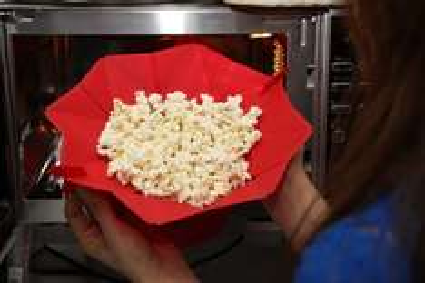 [AMAZON Prime] Partymaster Silikon-Mikrowellen-Popcorn-Form 15€ günstiger