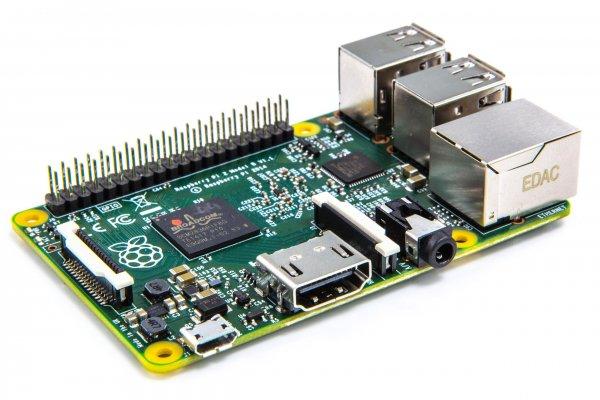 Raspberry Pi 2 Modell B Bundel bei eBay für 9.67