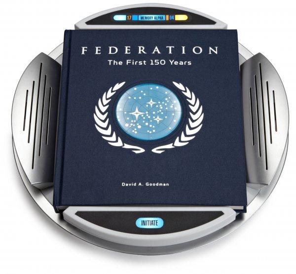 Buch: Star Trek Federation: The First 150 Years @ Amazon für 10,52€