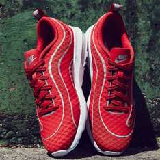 Nike Air Max Mercurial R9 F.C. in University Red für 58,45 € [Zalando]