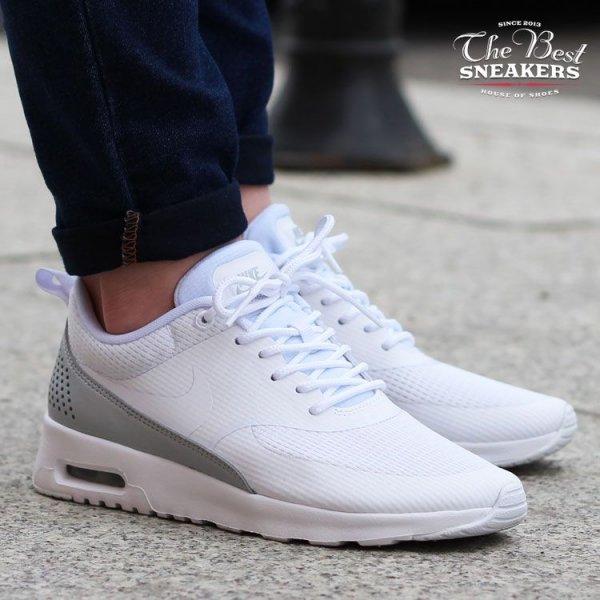 [ASOS] Nike White & Silver Air Max Thea TXT für Damen