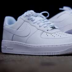 Nike Air Force 1 Low in Weiß für 58,50 € in 38,5 bis 48,5 [ASOS]