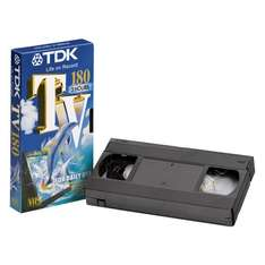 TDK VHS Videokassette 180min  2,49€  ((REAL))  und weitere Schnäppchen