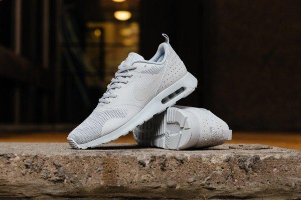Nike Air Max Tavas Pure Platinum / Neutral Grey - Pure Platinum @amazon.co.uk