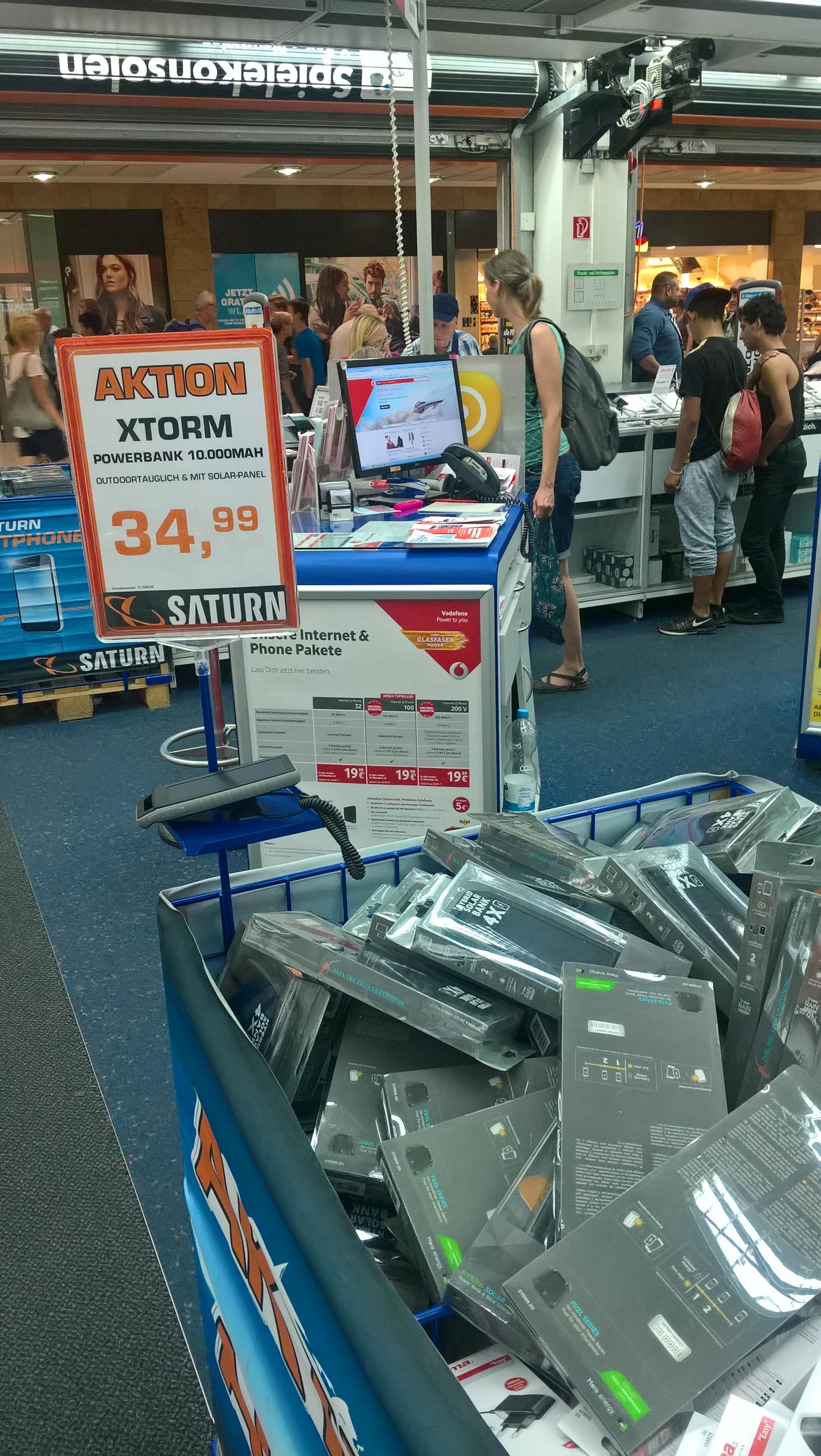 Solar Powerbank Xtorm 10.000mAh zum Bestpreis: 25€! Saturn Leipzig HBF
