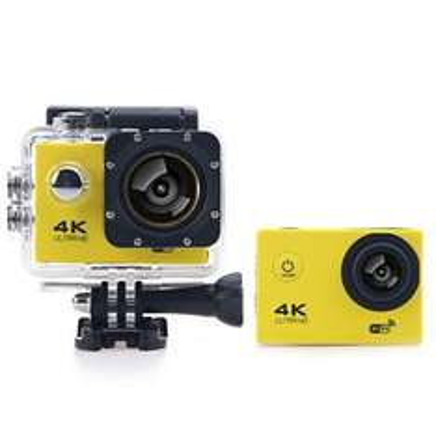 [GEARBEST] F60B 4K WiFi Action Camera mit Display und umfangreichen Zubehör