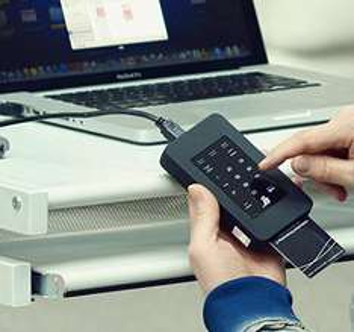 Nur noch 15 Minuten ...... Digittrade HS128 500GB externe High Security Festplatte 2,5 Zoll mit 128-Bit AES Hardwareverschlüsselung, Smartcard & PIN