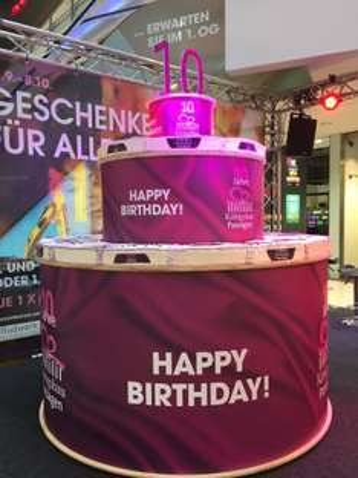 [Lokal] Gratis Torte in den Königsbau Passagen Stuttgart