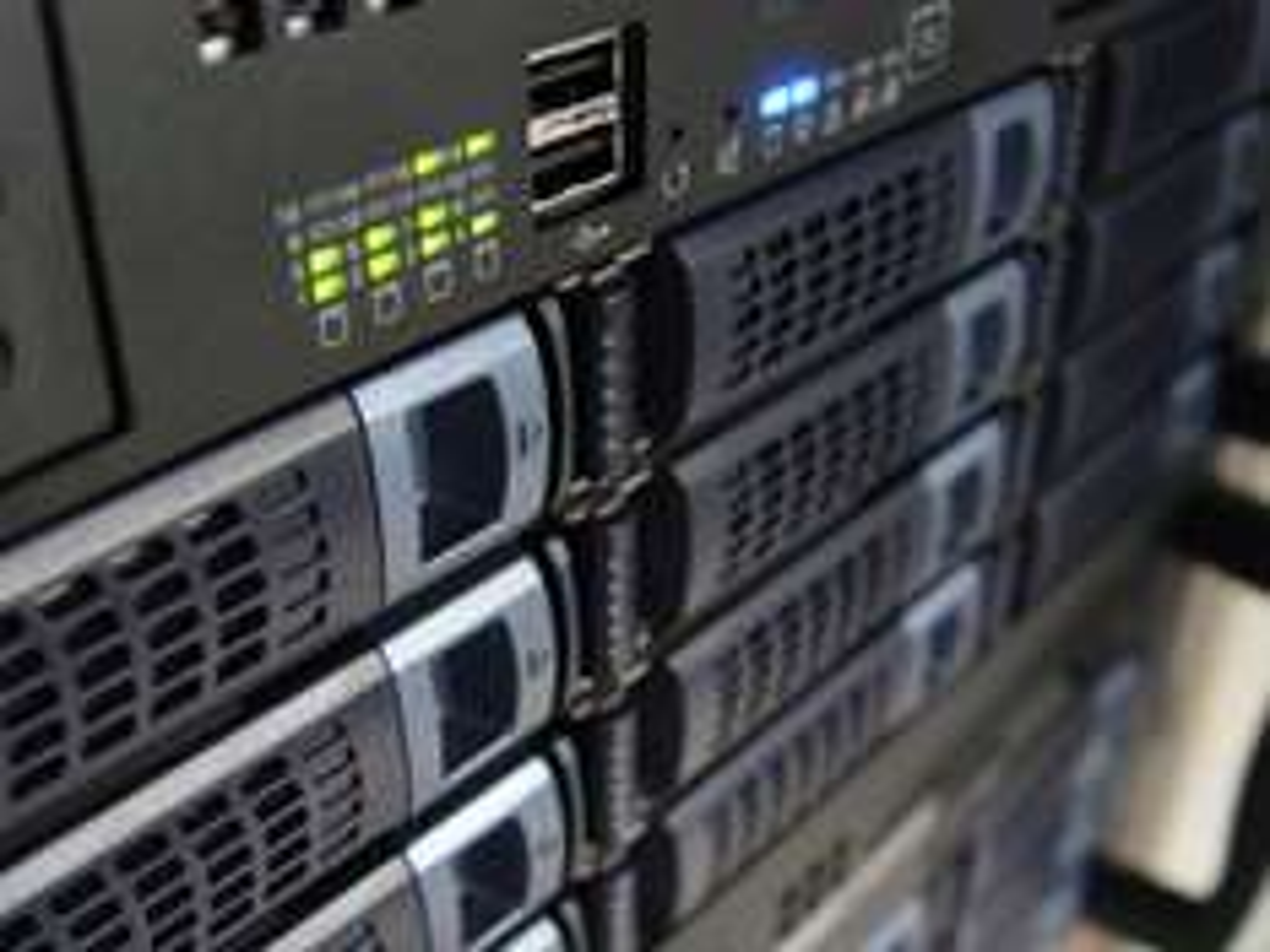 Webspace satt (100GB, 1DE Domain) @elektronische Bucht zu 1€ monatlich