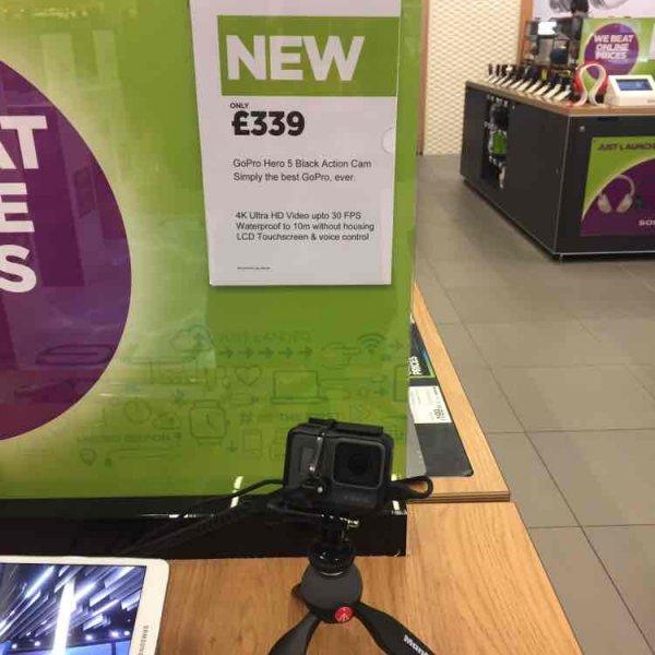 [Lokal] GoPro Hero5 Black 375 EUR @ Flughafen London Heathrow