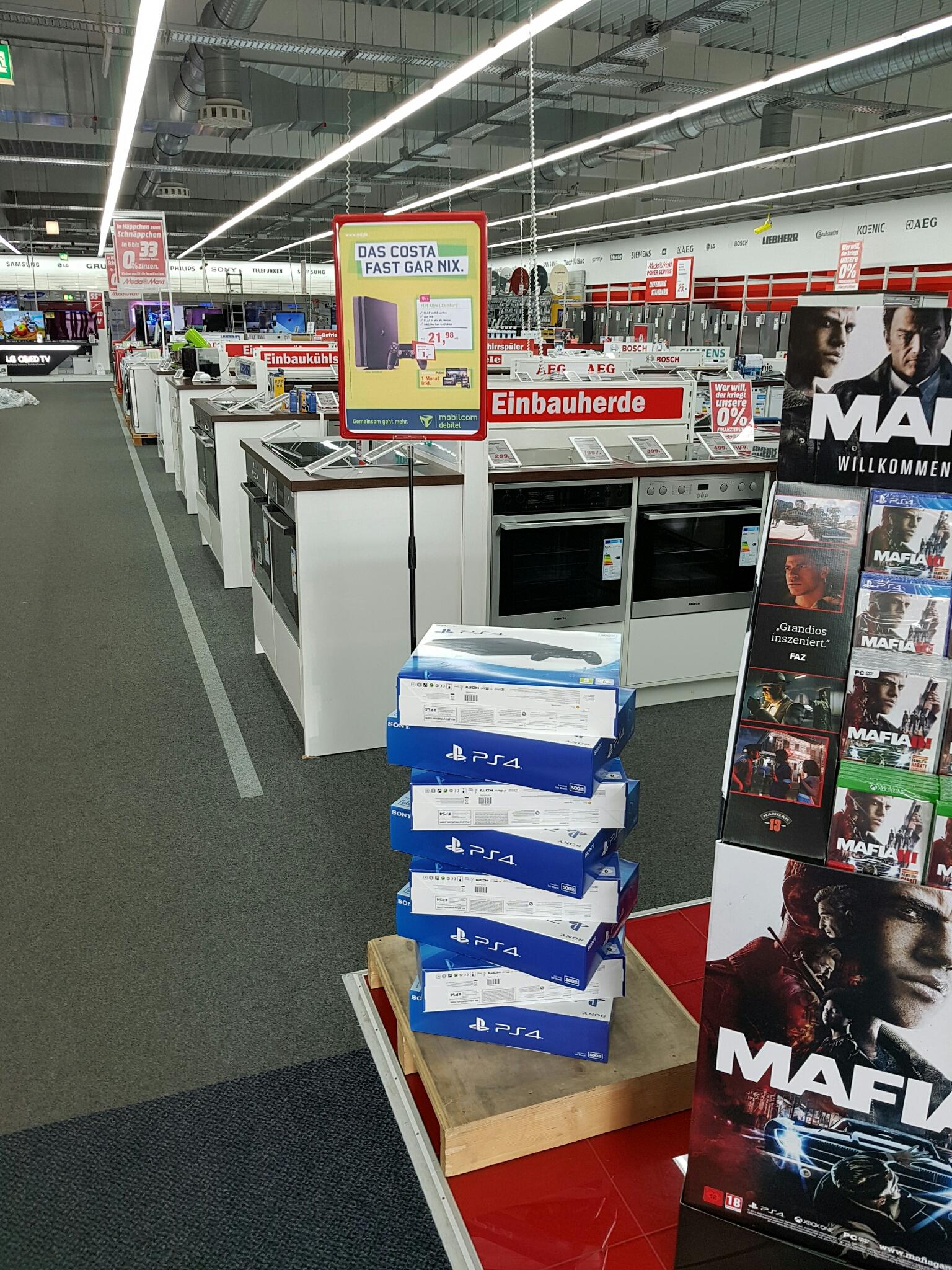 [Lokal][offline] Media Markt Meerane - Playstation 4 Slim 500GB mit Vertrag für 1€