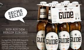 """Gratis Bier der Marke """"Gude"""" an der Uni Campus Westend Frankfurt"""