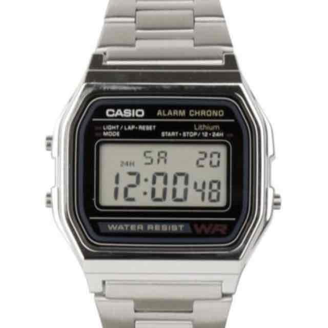 Casio Uhr Retro Style Silber