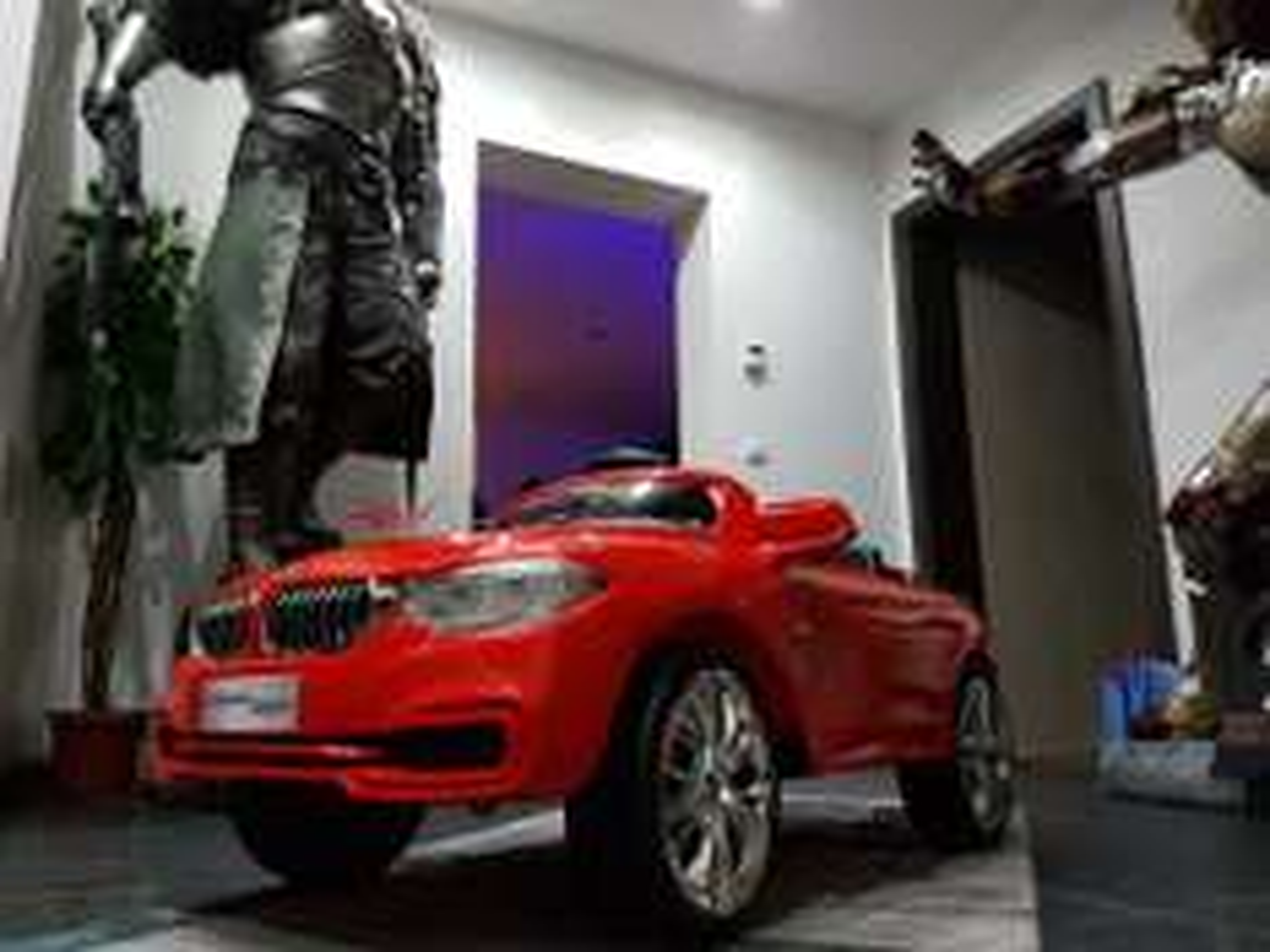 [LOKAL MÖMAX] BMW 4er Coupé Elektro Kinderfahrzeug über Kundenkarte UVP 249€ -> 139€
