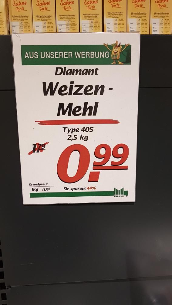Mehl der Marke Diamant 2.5kg für 99cent im Marktkauf Bielefeld